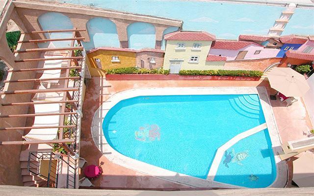 Hotel Zihuatanejo Centro, disfruta de su alberca al aire libre