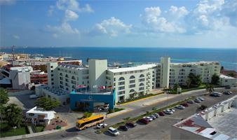 Vuelo y Hotel Aquamarina Beach MEX-CUN-MEX