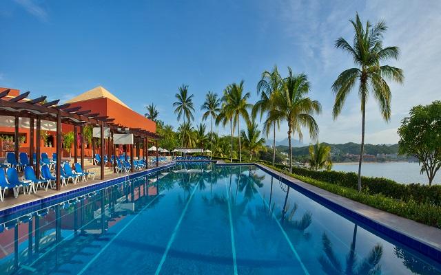 ¡Oferta Exclusiva! Fin de semana en Huatulco Hotel Las Brisas Huatulco