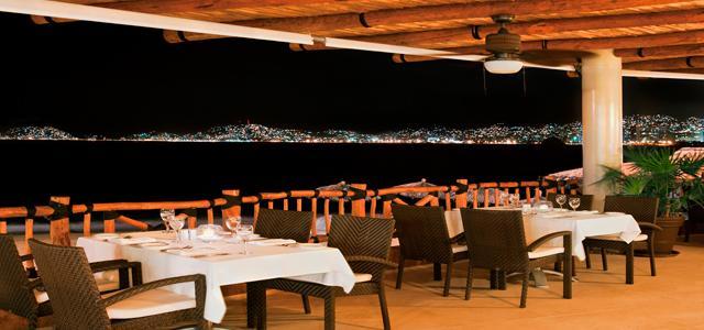 ¡Paquete a Acapulco! Grand Hotel Acapulco con desayuno incluido