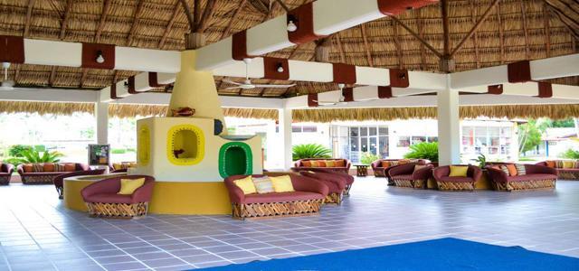 hotel qualton ixtapa: