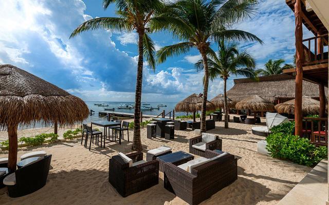 ¡Viaja a Playa del Carmen! Vuelo y Hotel The Reef Coco Beach con traslado saliendo desde CDMX