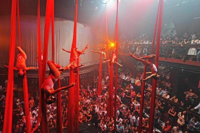 Las acrobacias son parte del espectáculo