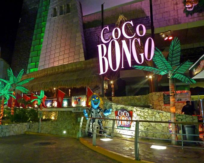 Visita uno de los antros más famosos de Cancún