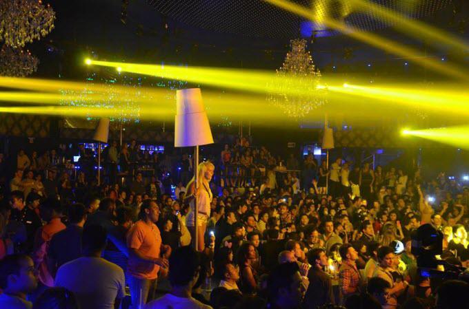 ¡Reserva y diviértete en uno de los mejores Antros de Cancún!