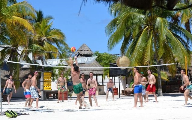 Aquatic Funday Park, para los amantes del Volleyball playero