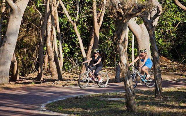 Un recorrido en la ciclopista de Ixtapa