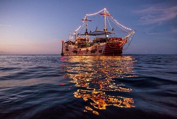 Barco Pirata Cancún Capitán Hook en Cancún