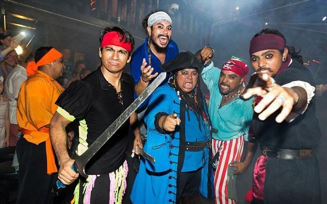 Barco Pirata Cancún Capitán Hook, un recorrido lleno de aventura