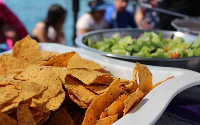 Barco Pirata, Snorkel, Música, Juegos y Desayuno, alimentos a bordo