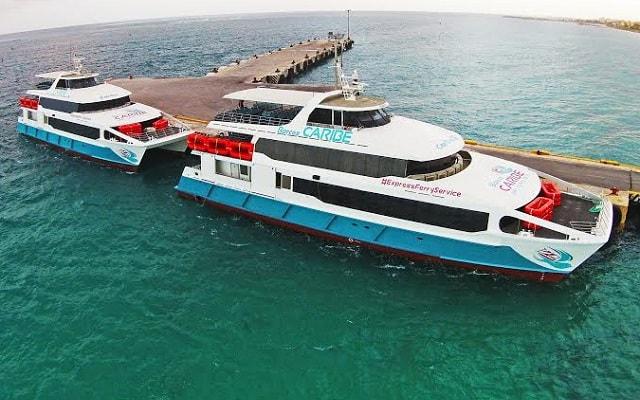 Barcos Caribe Ferry a Cozumel