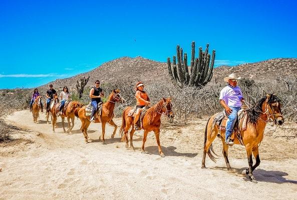 Cabalgata en Desierto y Playa Migriño
