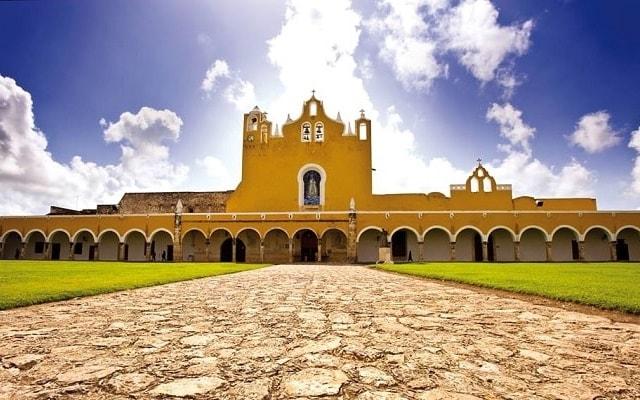 Chichen Itzá Mérida, en algunas opciones podrás visitar Izamal
