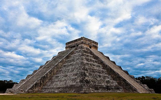 Descubre la increible zona arqueológica de Chichén Itzá
