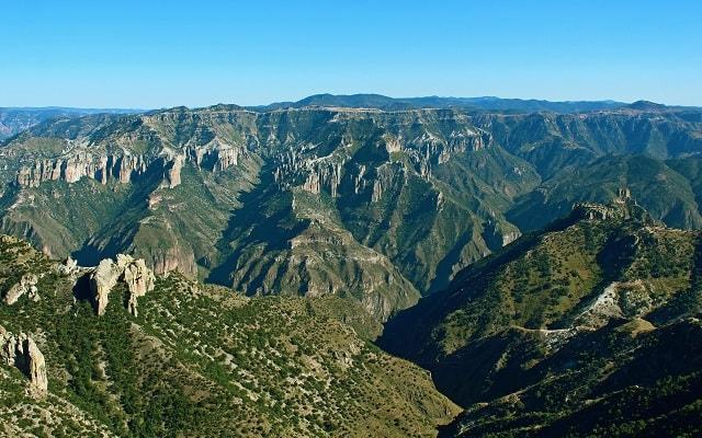 Circuito Cultural por Barrancas del Cobre y Chihuahua 4 días 2x1, escenarios espectaculares