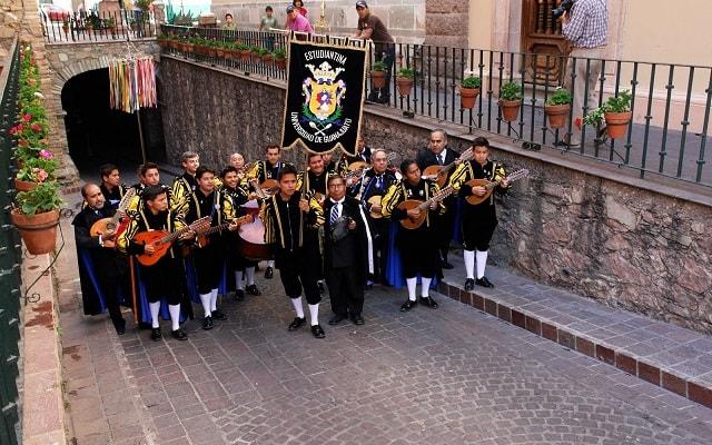 Circuito Cultural por Guadalajara, Guanajuato, Morelia y Zacatecas 7 Días, callejoneada musical
