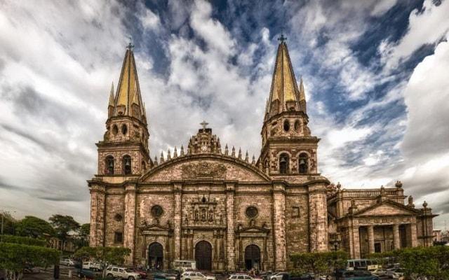Circuito Cultural por Guadalajara, Guanajuato, Morelia y Zacatecas 7 Días, Impresionante Catedral de Guadalajara