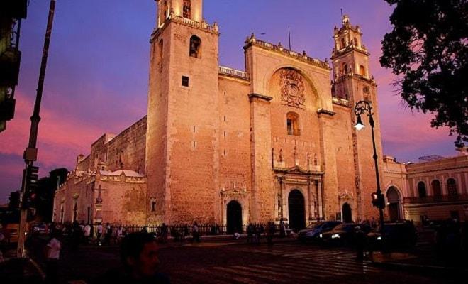 Circuito Cultural por Mérida, Uxmal, Kabah, Celestún y Chichen Itzá 4 días