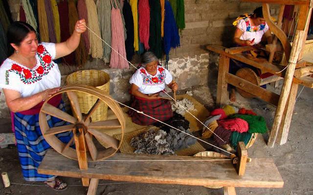 Circuito Cultural por Oaxaca, Monte Albán, El Tule, Hierve el Agua y más, conoce la elaboración de productos artesanales