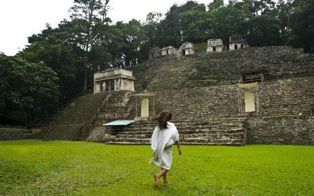 Circuito Cultural por Oaxaca y Chiapas 8 días, Bonampak conocida por sus pinturas murales