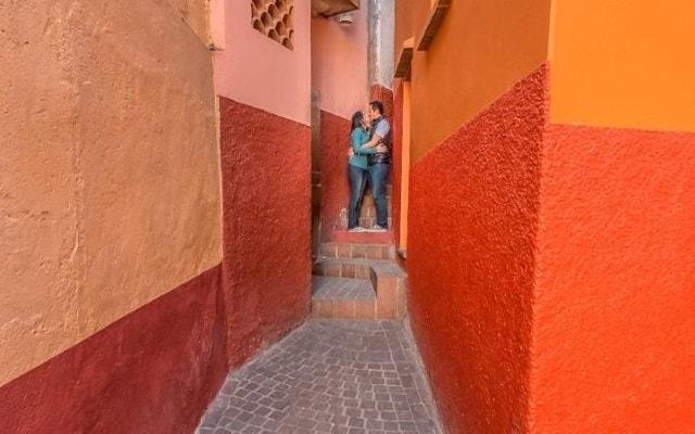 Circuito Cultural Ruta de la Independencia Guanajuato por 3 Días, el famoso callejón del beso inspirado por su trágica historia