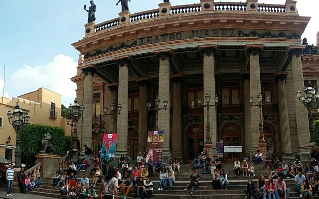 Circuito Cultural Ruta de la Independencia Guanajuato por 3 Días, el Teatro Juárez en un monumento representativo del porfiriato