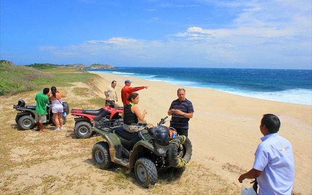 Circuito Ecoturístico por las Bahías de Huatulco y la Crucecita 4 días, admirarás los bellos paisajes en la cuatrimoto