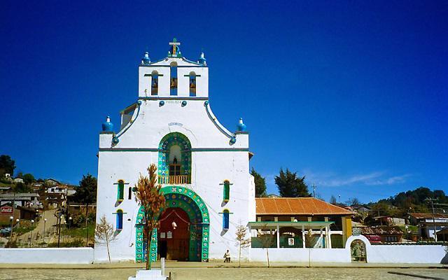 Conoce la fusión entre dos culturas en San Juan Chamula