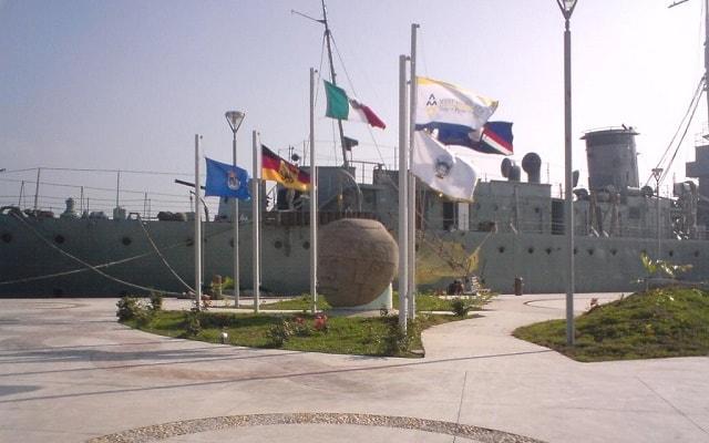 City Tour por Veracruz y San Juan de Ulúa, Plaza Banderas