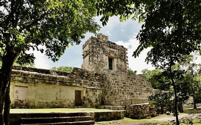 Hochob, Dzibilnocac y Tabasqueno: Ruta Chenes, construcciones con estilo barroco maya