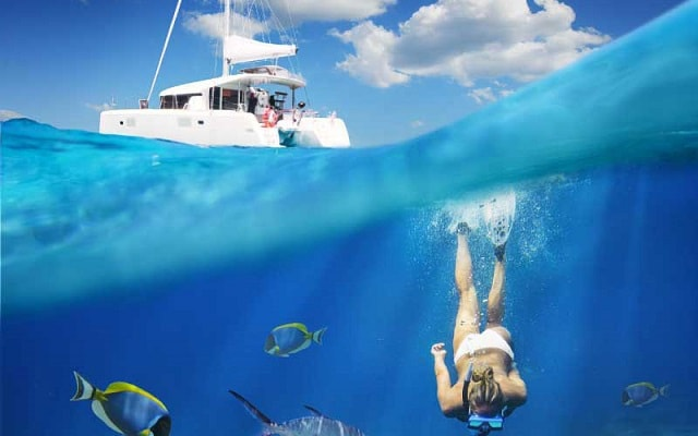 Isla Mujeres Aventura en Catamarán, practica snorkel en la punta norte de la isla
