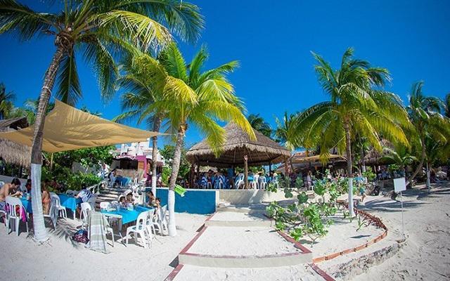 Al llegar a Isla disfrutarás de las instalaciones del club de playa