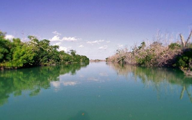 Las Coloradas y Río Lagartos, Yucatán, Río Lagartos