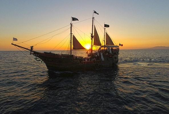 Marigalante Barco Pirata Puerto Vallarta Show Nocturno en Puerto Vallarta