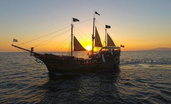 Marigalante Barco Pirata Puerto Vallarta Show Nocturno