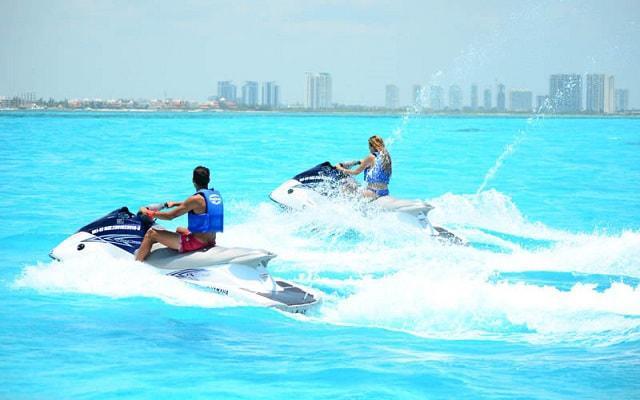 Moto Acuática en Cancún, Una de las mejores actividades para disfrutar de Cancún