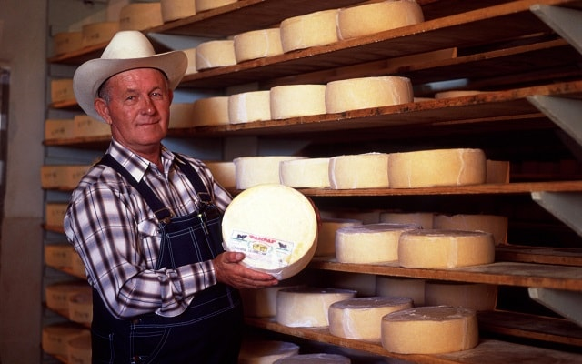Museo Menonita, podrás adquirir quesos deliciosos