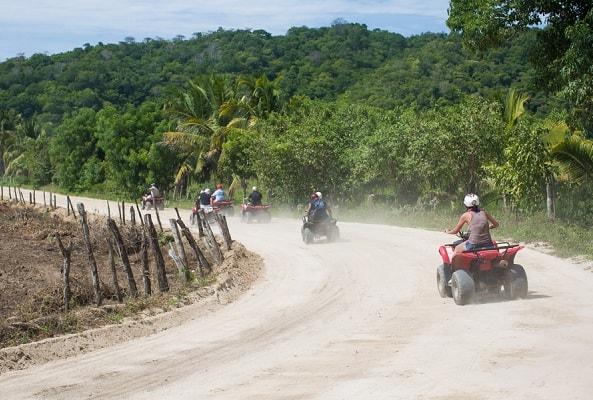 Paseo en Cuatrimoto hacia Bahia de San Agustin Huatulco