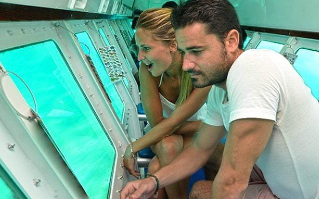 Paseo en Submarino en Cancún, te impresionará observar la vida marina
