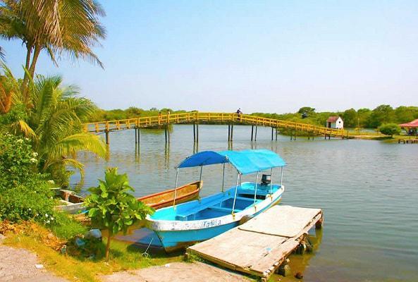 Paseo por Laguna en Mandinga en Veracruz