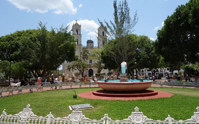 Las coloradas y r o lagartos recorrido por yucat n for Hotel parque valladolid