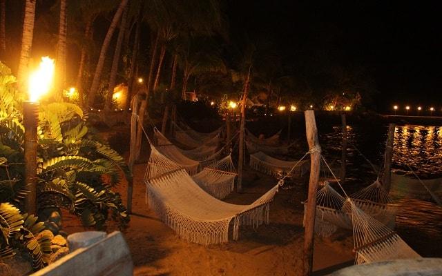 Ritmos de la Noche Savia Puerto Vallarta, admira la naturaleza mientras descansas