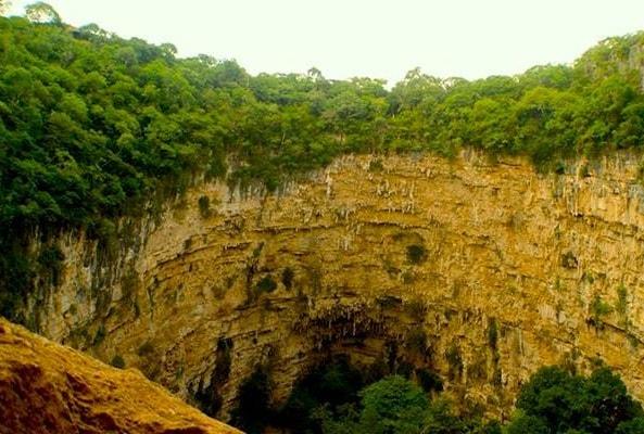 Tour Sima de Las Cotorras recomendado