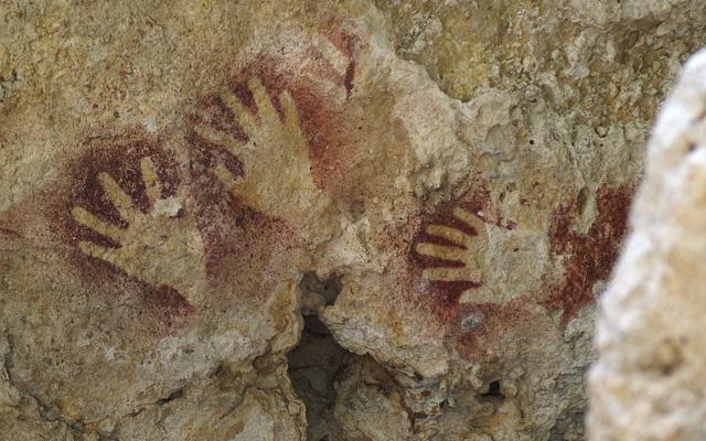 Sima de las Cotorras pinturas rupestres