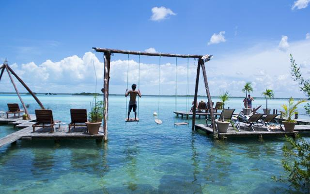 Tour a Bacalar, escenario ideal para descansar