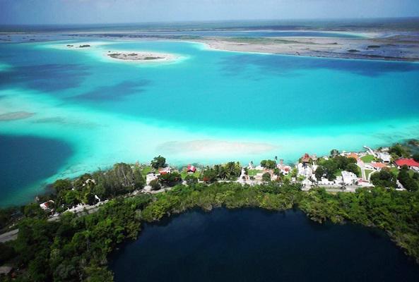 Tour a Bacalar en Cancún