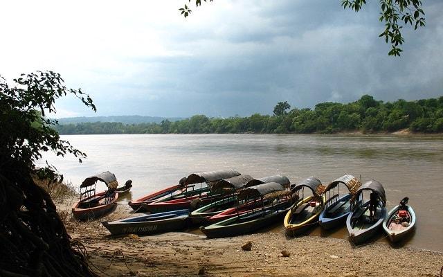 Tour a Bonampak y Yaxchilán, abordarás una lancha en Frontera Corozal