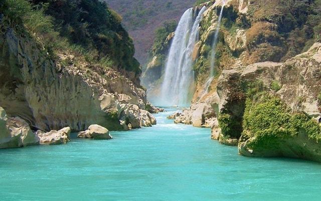 Tour a Cascada de Tamul y Cueva de Agua, te impresionará el hermoso paisaje
