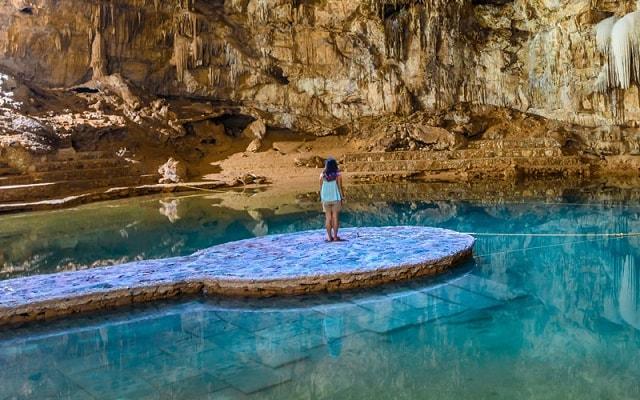 Tour a Chichén Itzá, admira el cenote y sus aguas cristalinas