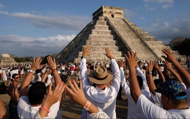 Tour a Chichén Itzá, llénate de energía en el equinoccio